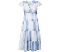 - Ausgestelltes Kleid mit Falten - women