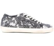 Sneakers mit Lochmuster - men
