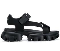Sandalen aus Funktionsstrick