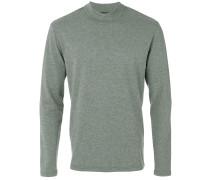 long-sleeved sweatshirt