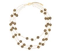 Mehrsträngige Halskette mit Blumen