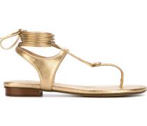 Metallic-Sandalen mit Knotenverschluss
