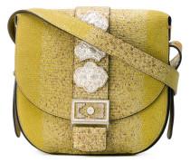 - Handtasche mit silberfarbenen Beschlägen
