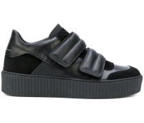 Sneakers mit doppeltem Klettverschluss