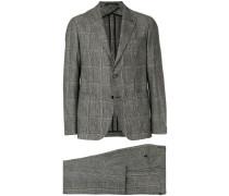 Schmaler Anzug mit Karomuster