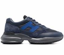H545 Sneakers
