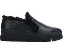 Slip-On-Sneakers mit Pelzeinsatz
