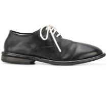 Derby-Schuhe mit weißen Schnürsenkeln - men