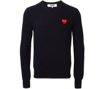Wollpullover mit Herz-Stickerei