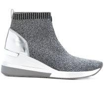 Stiefel in Socken-Optik