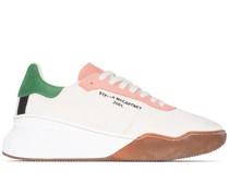 Sneakers in Wildlederoptik