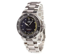 'Aquis Depth Gauge' analog watch