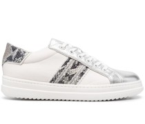 Pointose low-top sneakers