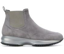 Stiefel mit niedrigem Absatz
