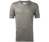 T-Shirt mit sichtbaren Nähten