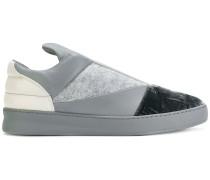 Slip-On-Sneakers mit Einsätzen