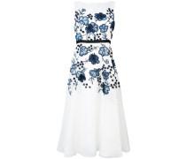 Ausgestelltes Kleid mit floralen Applikationen