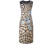 Kleid mit Blumenmotiv