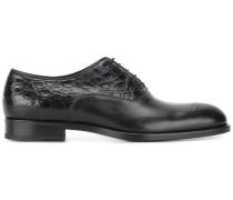 Oxford-Schuhe mit Krokodilledereinsatz