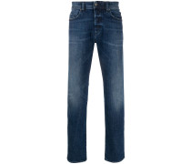 Tief sitzende 'Buster' Jeans