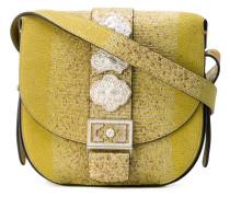 Handtasche mit silberfarbenen Beschlägen