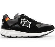 Sneakers mit Sterndetail