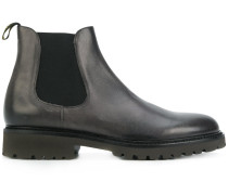 fitted Chelsea boots