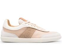 Tabs Sneakers