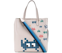 'Space Invaders' Shopper