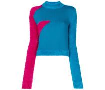 Flauschiger Pullover mit Stehkragen