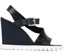 Wedge-Sandalen mit weißer Sohle