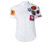 Hemd mit Badges