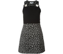 Kleid mit kurzem Rock
