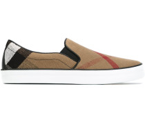 "Slip-On-Sneakers mit ""House""-Karomuster"