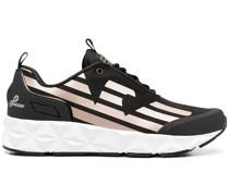Sneakers mit Seitenstreifen