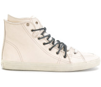 'Signature Court' Sneakers