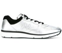Sneakers in MetallicOptik