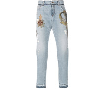 Jeans mit Wappen-Patch