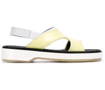 Sandalen mit offener Kappe