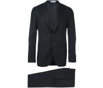 Zweiteiliger Anzug mit fallendem Revers