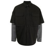Oversized-Hemd im Layering-Look