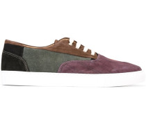 Sneakers im Patchwork-Stil
