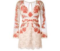 Semitransparentes Kleid