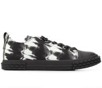 'Blubber' Sneakers mit Batikmuster