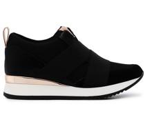 Sneakers mit Stretchriemen