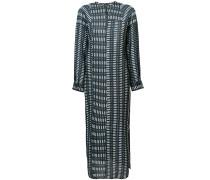 Besticktes Kleid mit langem Schnitt