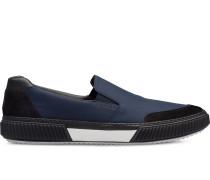 Slip-On-Sneakers mit Wildledereinsatz