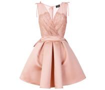 V-neck box pleat dress