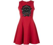 Kleid mit Totenkopf-Verzierungen - women