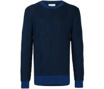 Klassischer Pullover
